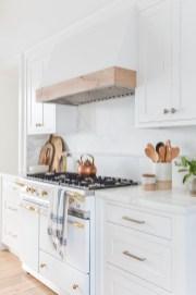 Stunning White Kitchen Ideas40