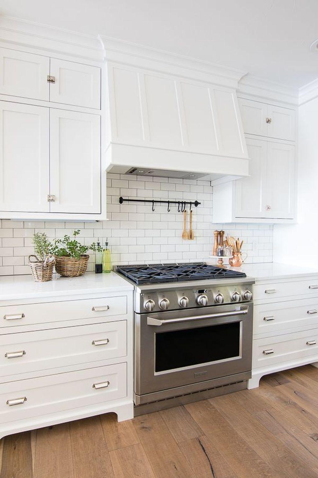 Stunning White Kitchen Ideas44