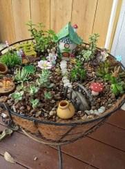 Beautiful Fairy Garden Ideas19