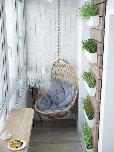 Comfy Apartment Balcony Decorating14