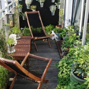Comfy Apartment Balcony Decorating19