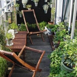 Comfy Apartment Balcony Decorating19