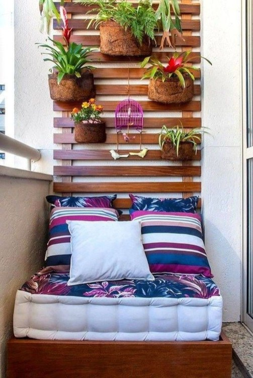 Comfy Apartment Balcony Decorating31
