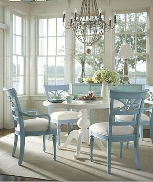 Awesome Country Dining Room Table Decor Ideas41