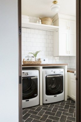 Beautiful Laundry Room Tile Design16