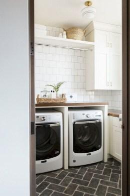 Beautiful Laundry Room Tile Design16