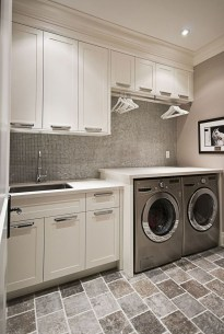 Beautiful Laundry Room Tile Design23