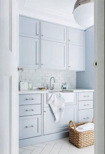 Beautiful Laundry Room Tile Design30