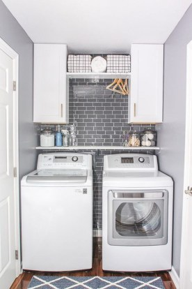 Beautiful Laundry Room Tile Design34