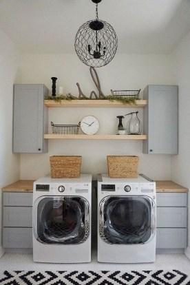 Beautiful Laundry Room Tile Design36