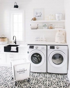 Beautiful Laundry Room Tile Design37