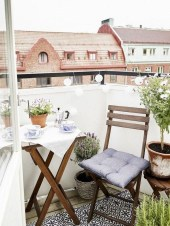 Exciting Small Balcony Decorating For Farmhouse11
