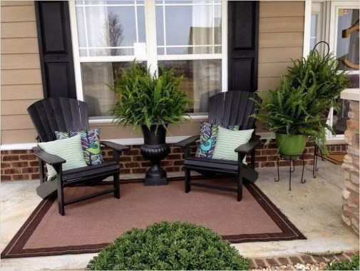 Exciting Small Balcony Decorating For Farmhouse25
