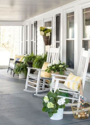 Exciting Small Balcony Decorating For Farmhouse41