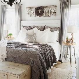 Lovely Urban Farmhouse Master Bedroom Remodel Ideas03