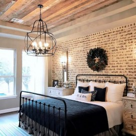 Lovely Urban Farmhouse Master Bedroom Remodel Ideas04