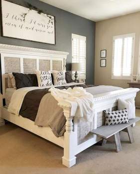 Lovely Urban Farmhouse Master Bedroom Remodel Ideas17