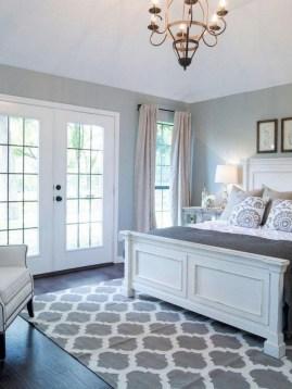 Lovely Urban Farmhouse Master Bedroom Remodel Ideas26