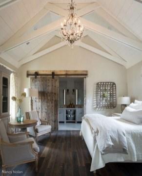 Lovely Urban Farmhouse Master Bedroom Remodel Ideas27