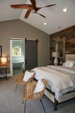 Lovely Urban Farmhouse Master Bedroom Remodel Ideas39