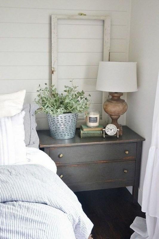 Lovely Urban Farmhouse Master Bedroom Remodel Ideas45