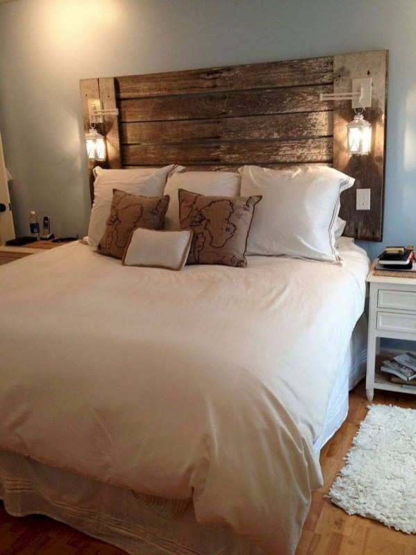 Lovely Urban Farmhouse Master Bedroom Remodel Ideas46