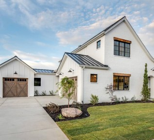 Marvelous Farmhouse Exterior Design Ideas12