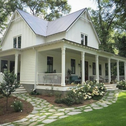 Marvelous Farmhouse Exterior Design Ideas16