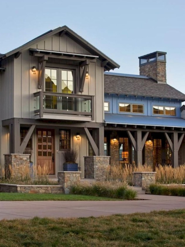 Marvelous Farmhouse Exterior Design Ideas18