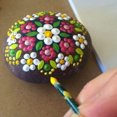 Smart Painted Rock Ideas Home Decoration13