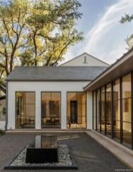 Top Modern Farmhouse Exterior Design03