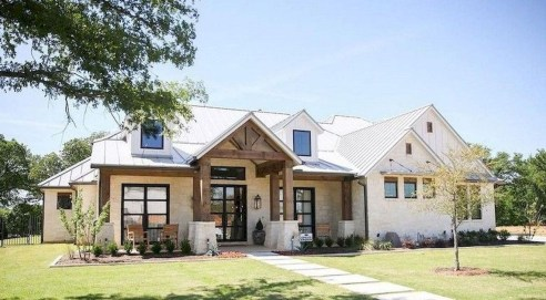 Top Modern Farmhouse Exterior Design31