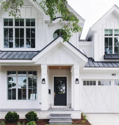 Top Modern Farmhouse Exterior Design32