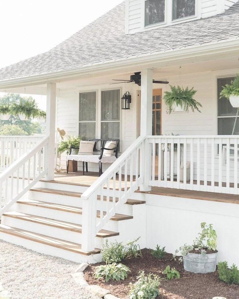Top Modern Farmhouse Exterior Design45