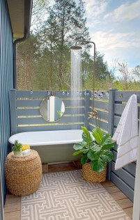 Amazing Outdoor Bathroom Design Ideas27
