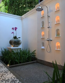 Amazing Outdoor Bathroom Design Ideas28