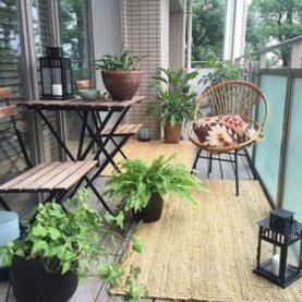 Creative And Simple Balcony Decor Ideas03