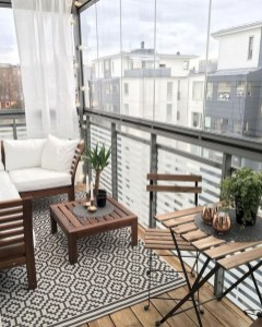 Creative And Simple Balcony Decor Ideas08