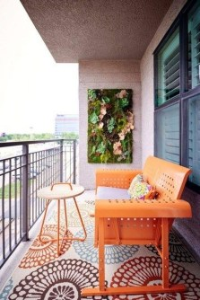 Creative And Simple Balcony Decor Ideas12