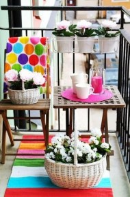 Creative And Simple Balcony Decor Ideas32