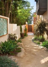 Garden Design Ideas In Your Home That Add To The Beauty Of Your Home18