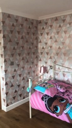 The Best Interior Design Using Wallpaper To Add To The Beauty Of Your Home27