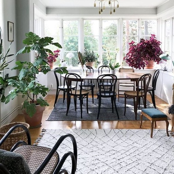 The Ideas Of A Dining Room Design In The Winter46