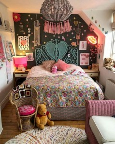 Awesome Bohemian Bedroom Tapestry Decorating Ideas14