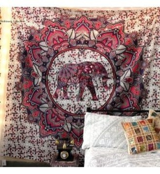 Awesome Bohemian Bedroom Tapestry Decorating Ideas26