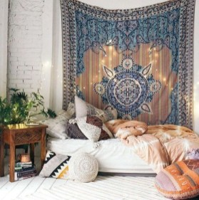 Awesome Bohemian Bedroom Tapestry Decorating Ideas31
