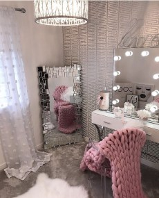 Beautiful Dressing Table Design For Your Room01