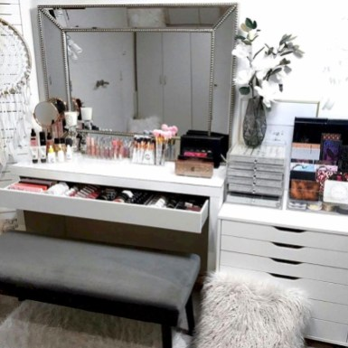 Beautiful Dressing Table Design For Your Room10