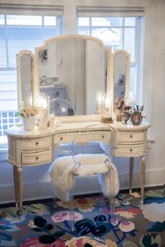 Beautiful Dressing Table Design For Your Room30