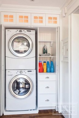 Beautiful Ideas For Tiny Laundry Spaces31